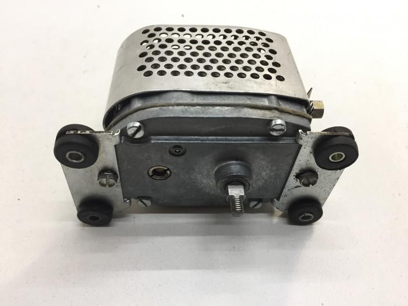HY561-2a-A1  Ruitenwissermotor HY gebruikt, getest 12V A1 quality