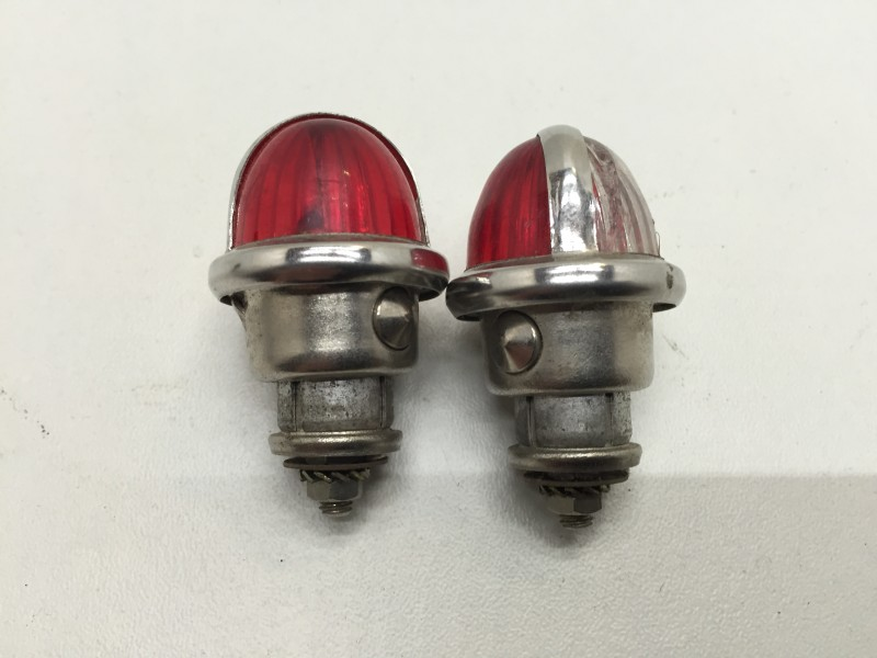 HY54404nos  Parking light HY, set of 2, NOS, Citroen HY