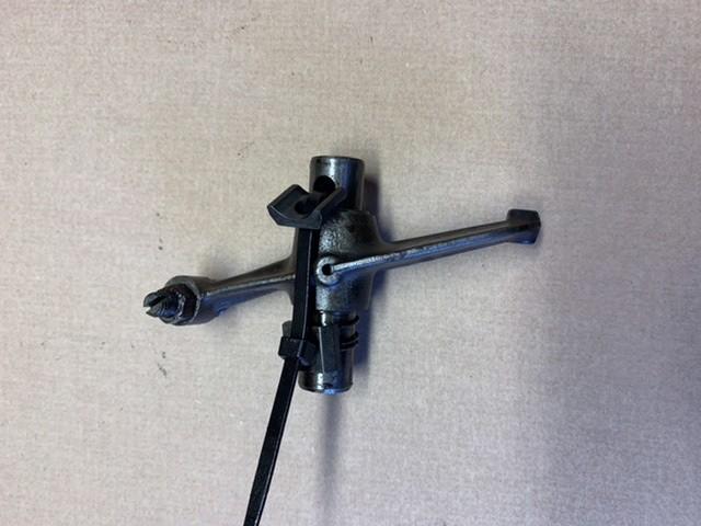 Ds1242a  Rocker lever, 1-3, Citroen HY, used