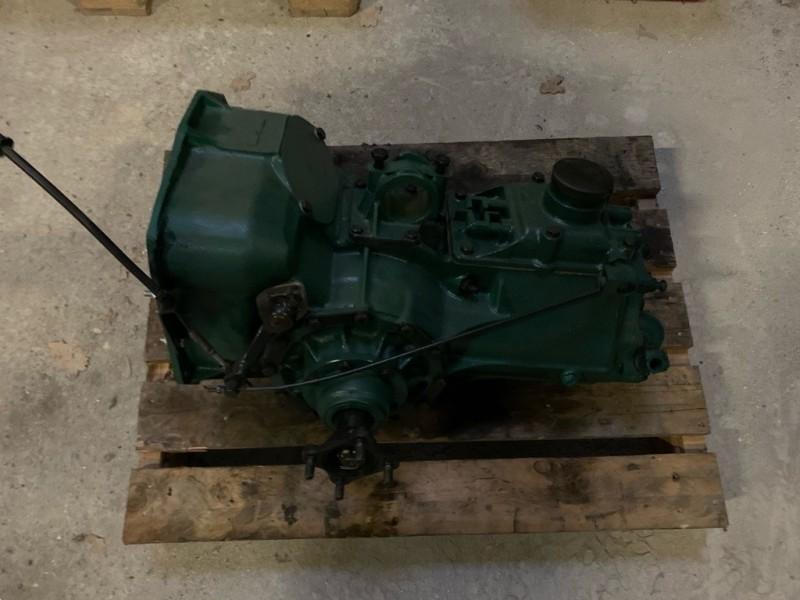 HY330b  Gearbox checked  -->09/1963,  Citroen HY